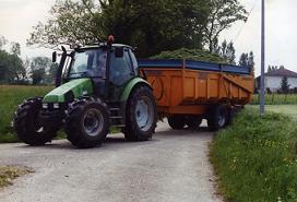 tracteur recolte herbe pour ensilage